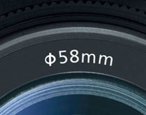 58mm thread on camera lens