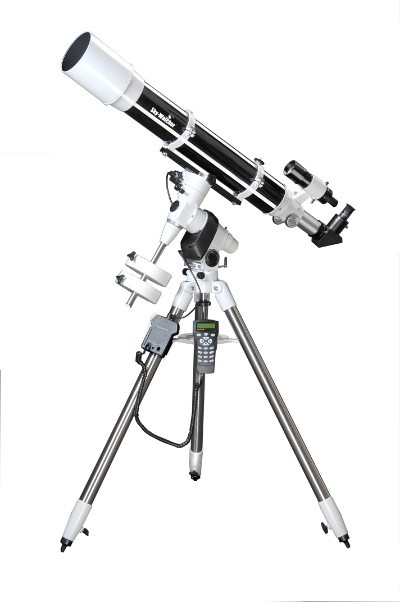 SkyWatcher Evostar-120 EQ5 PRO SynScan Computerised GOTO Refractor Telescope