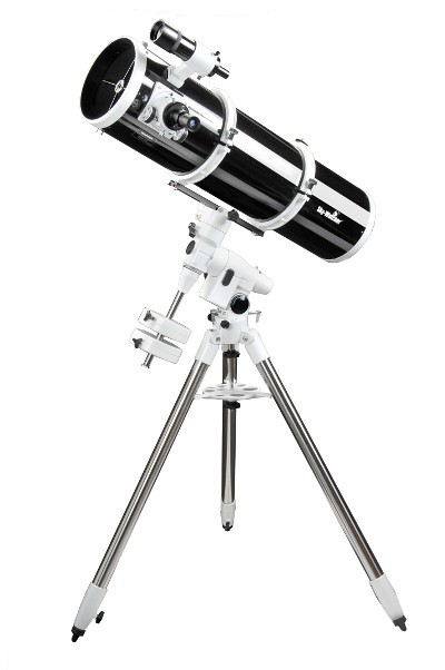 SkyWatcher EXPLORER-200P EQ5 Parabolic Newtonian Reflector Telescope